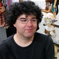 Headshot of Jon Riccio