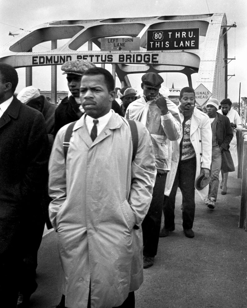john-lewis-marching-over-edmund-pettus-bridge