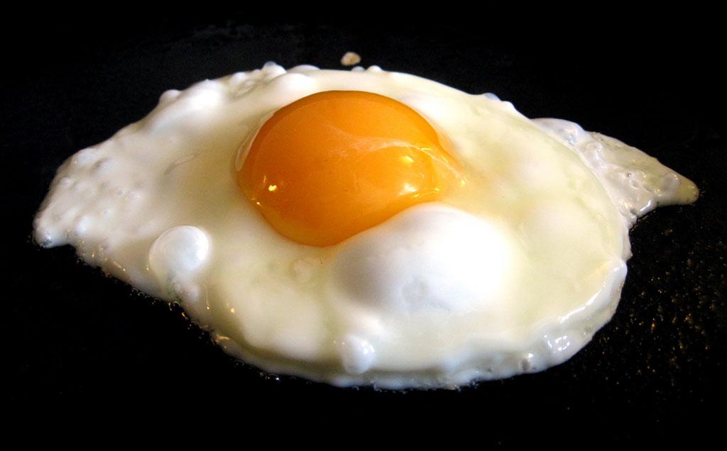 Sunny-side-up egg