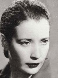 Headshot of Anna Maria Ortese