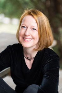 Headshot of Sharon Harrigan