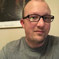 Headshot of Tommy Dean