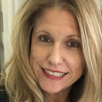Headshot of Lisa Johnson Mitchell