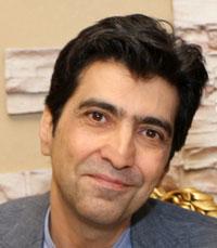 Kaveh Bassiri headshot