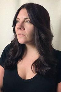 Sarah Rose Etter's headshot